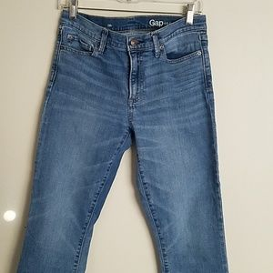 Gap 1969 cropped jeans